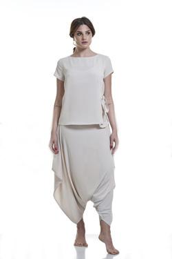 Abbigliamento Professionale Per Parrucchieri e Estetica - Maglia Rossella, Pantalone Chimera In Crep Sabbia